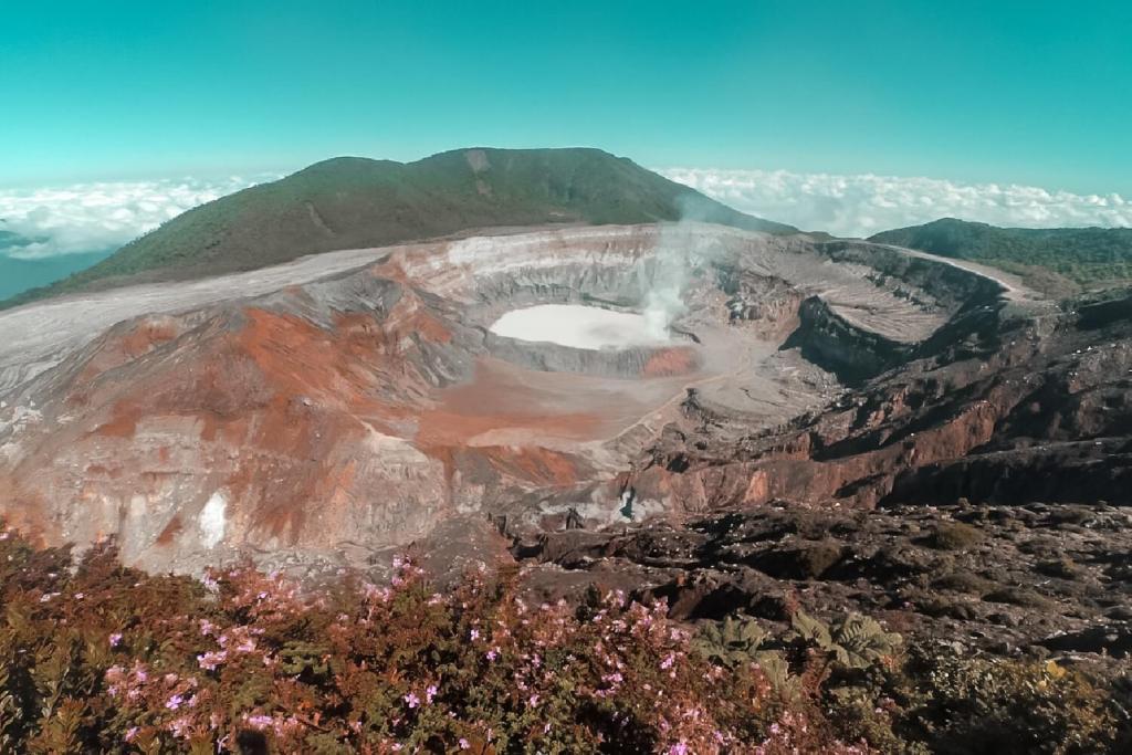 Vulkan Poas Costa Rica Krater
