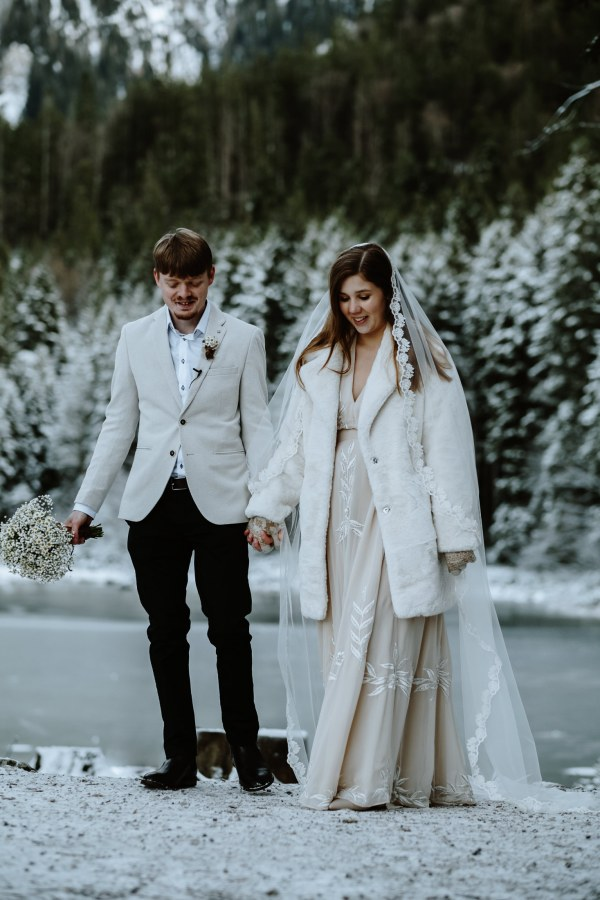 Winter wedding in Grainau, Bavaria by Wild Connections Photography
