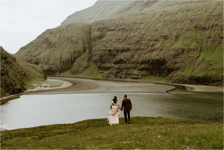 An elopement wedding in Saksun in the Faroe Islands by Wild Connections Photography