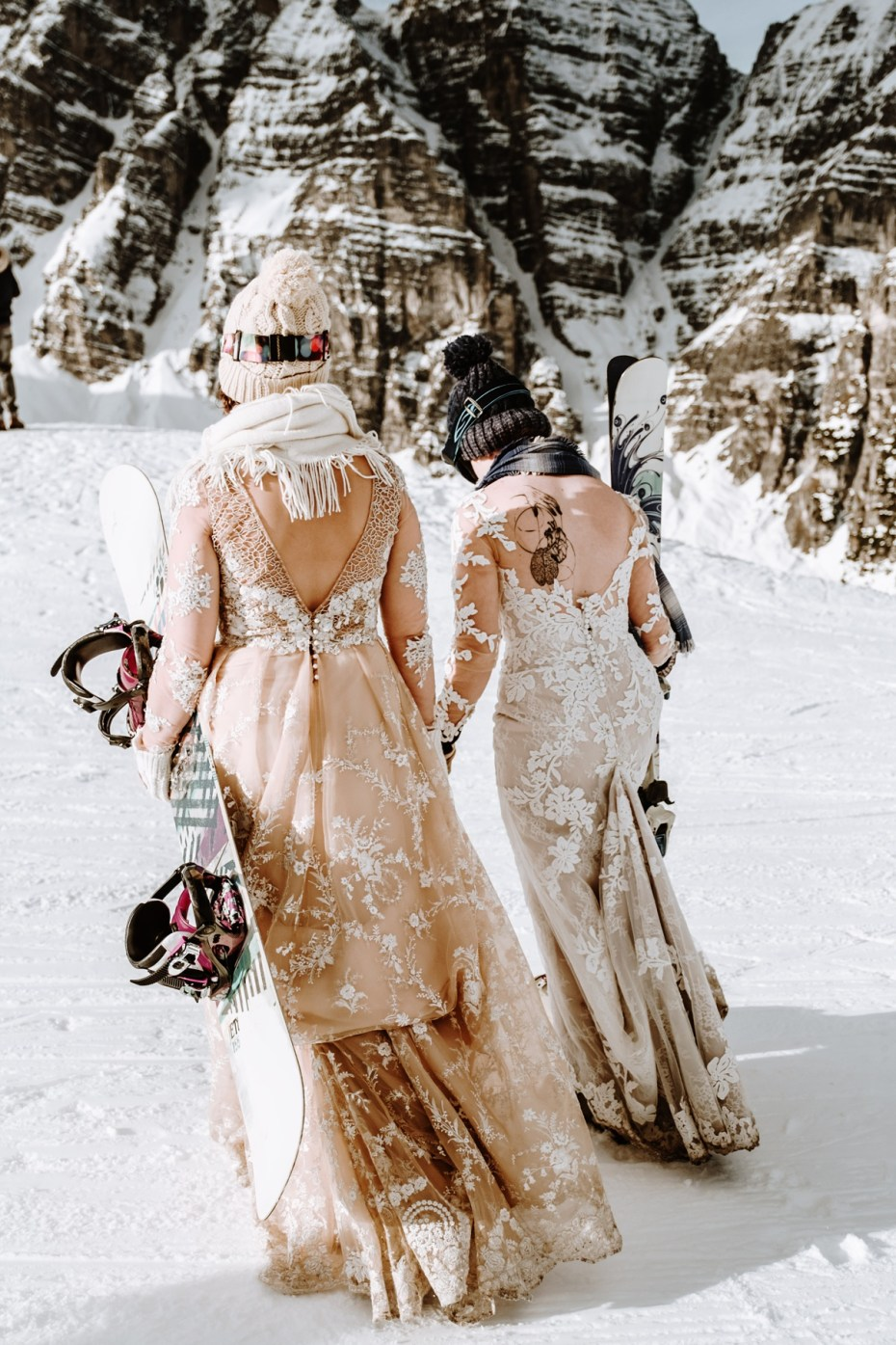 skiing and snowboarding brides in Tyrol Austria by Wild Connections Photography