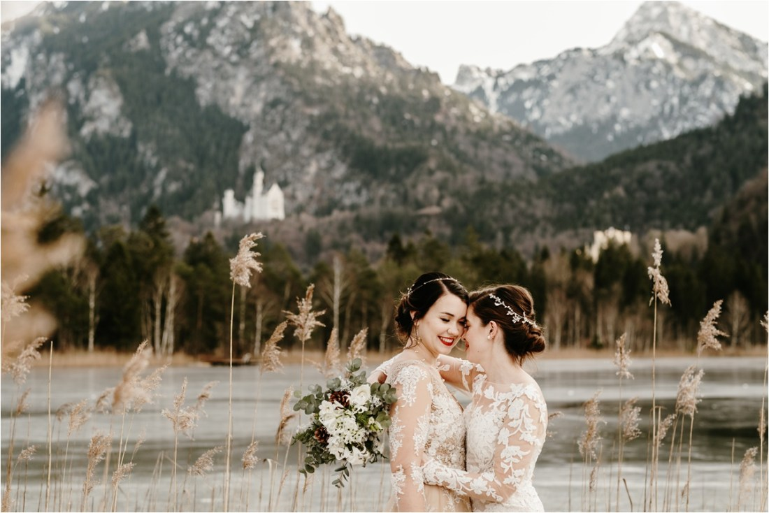 Neuschwanstein castle winter elopement. Photo by Wild Connections Photography