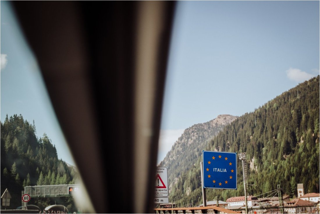 Picture of an Italy Road Sign