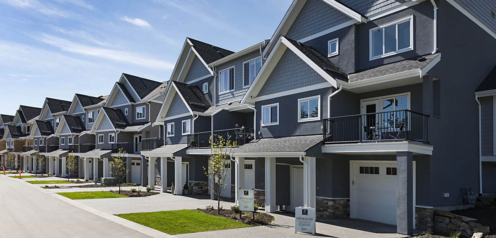 Kelowna Townhomes Spacious Private Townhomes Wilden