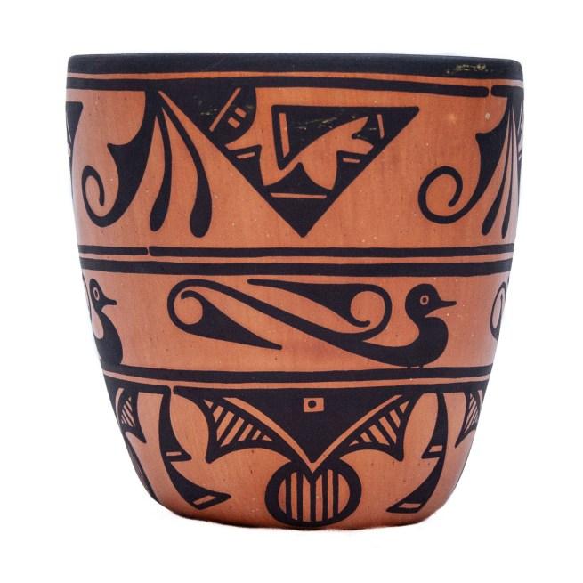 Eileen Yatsattie Zuni Pottery