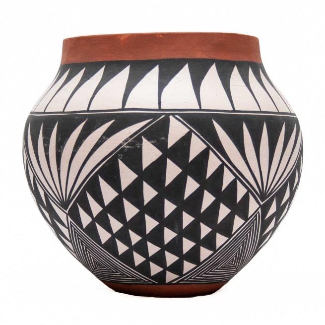 Native American Acoma Earthenware