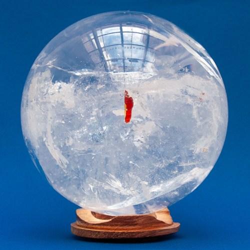 Boule de Cristal Quartz Inclusion Fer