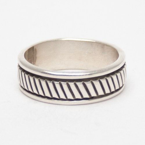 Morgan Ribbed Silver Ring