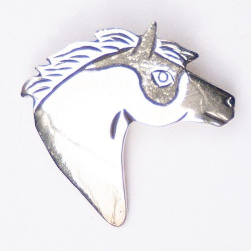 Lee Charley Right Facing Horse Head Pin Brooch