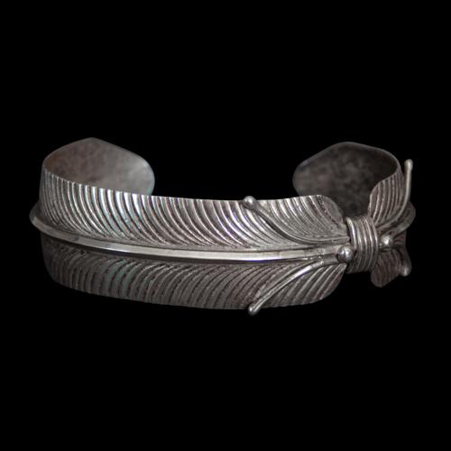 Vivian Jones Feather Bracelet