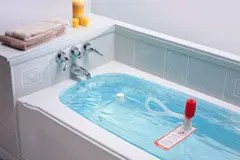 Water storage bag in bathtub