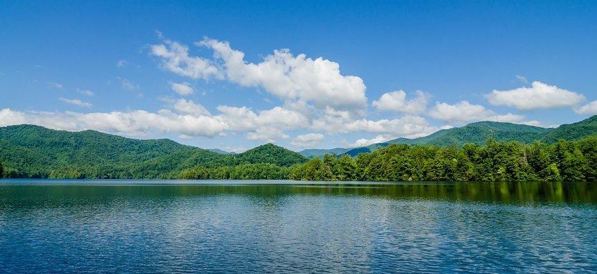 Douglas Lake Smoky Mountains
