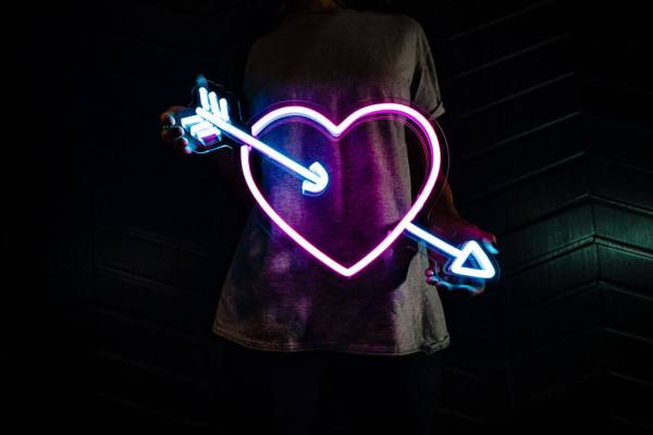 wildfire led neon sign Heart and arrow pink blue led neon sign 2
