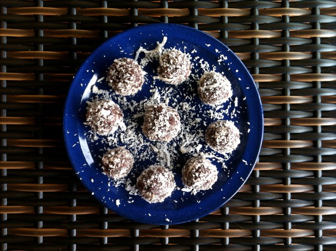 Chocolate Nut Balls (healtheir brownies; vegan and gluten free).