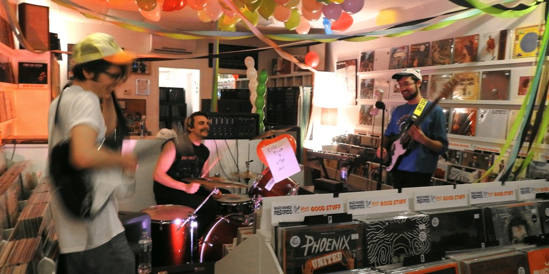 filthy_blonde_band_instore_wild_honey_records_knoxville_tennessee