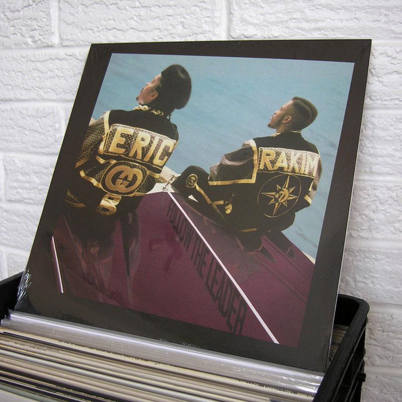 32-new-vinyl-o800px