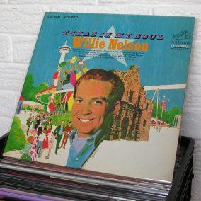 31-vintage-vinyl-knoxville-TN-record-stor