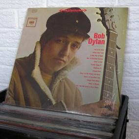 vintage-vinyl-dig-29