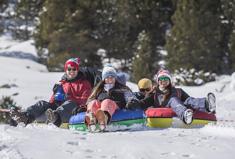 Andorra con niños en invierno