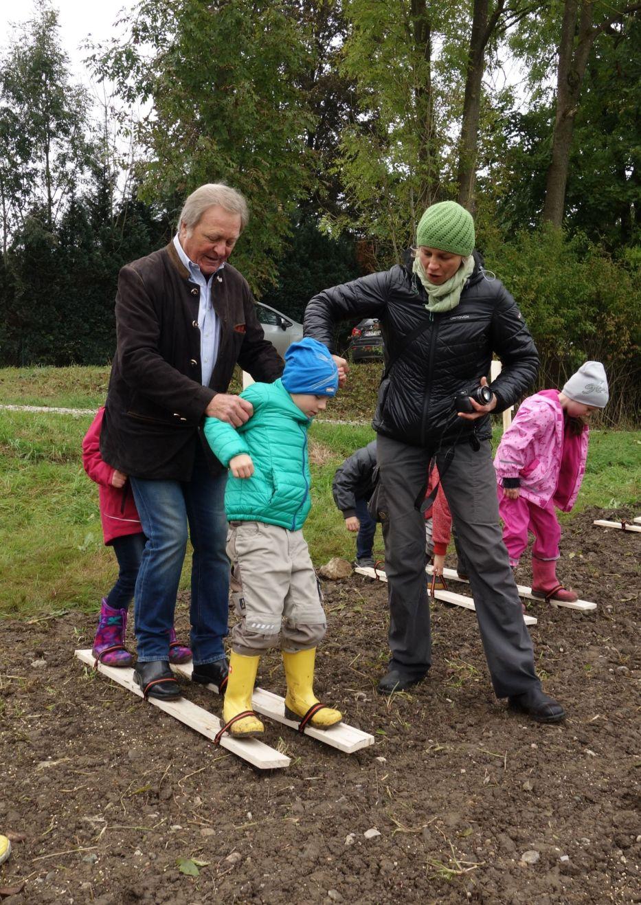 Auch Schwindeggs Bürgermeister Dr. Dürner zeigt vollen Einsatz!