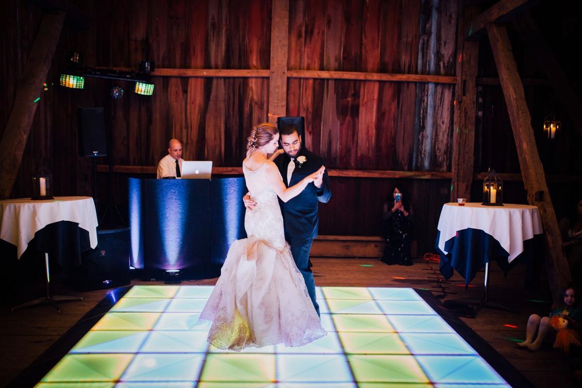 wild-native-photography-pittsburgh-wedding-photographer-jessie-and-mark_0805