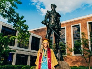 Jess - West Virginia University: Graduation Photo Session