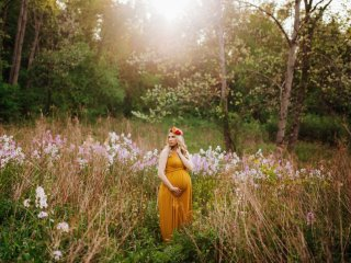 Colorful Beechwood Farms Maternity Shoot - Pittsburgh, PA