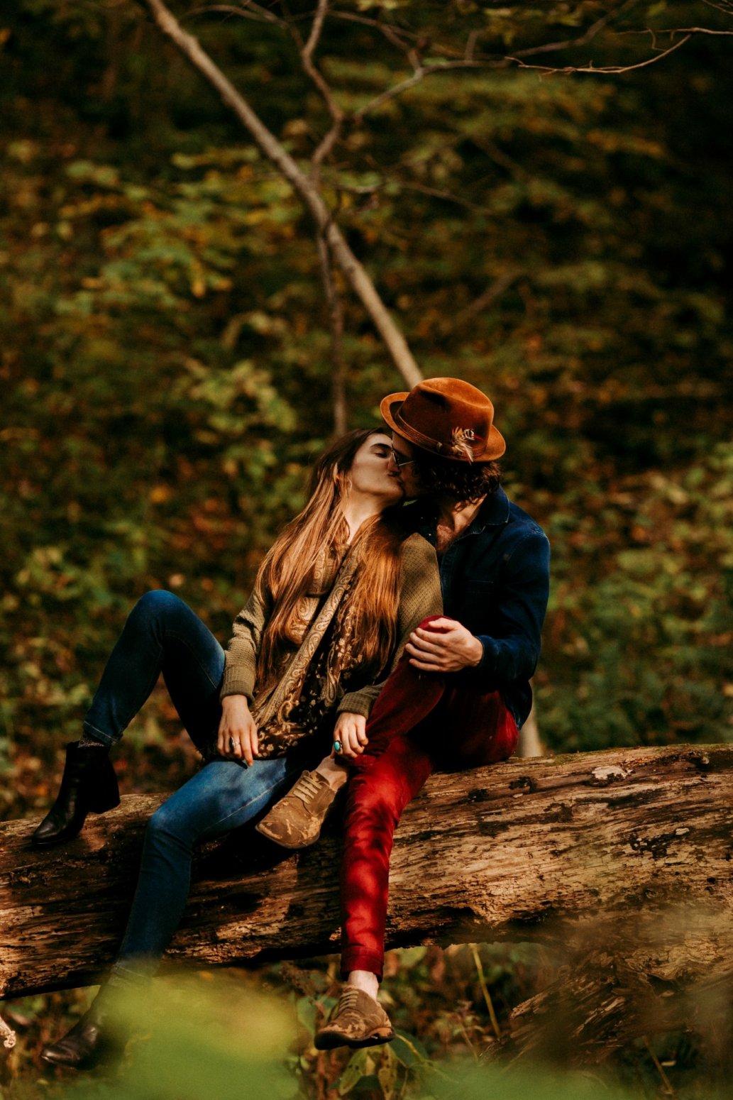 Engagement Pittsburgh Hippie Love