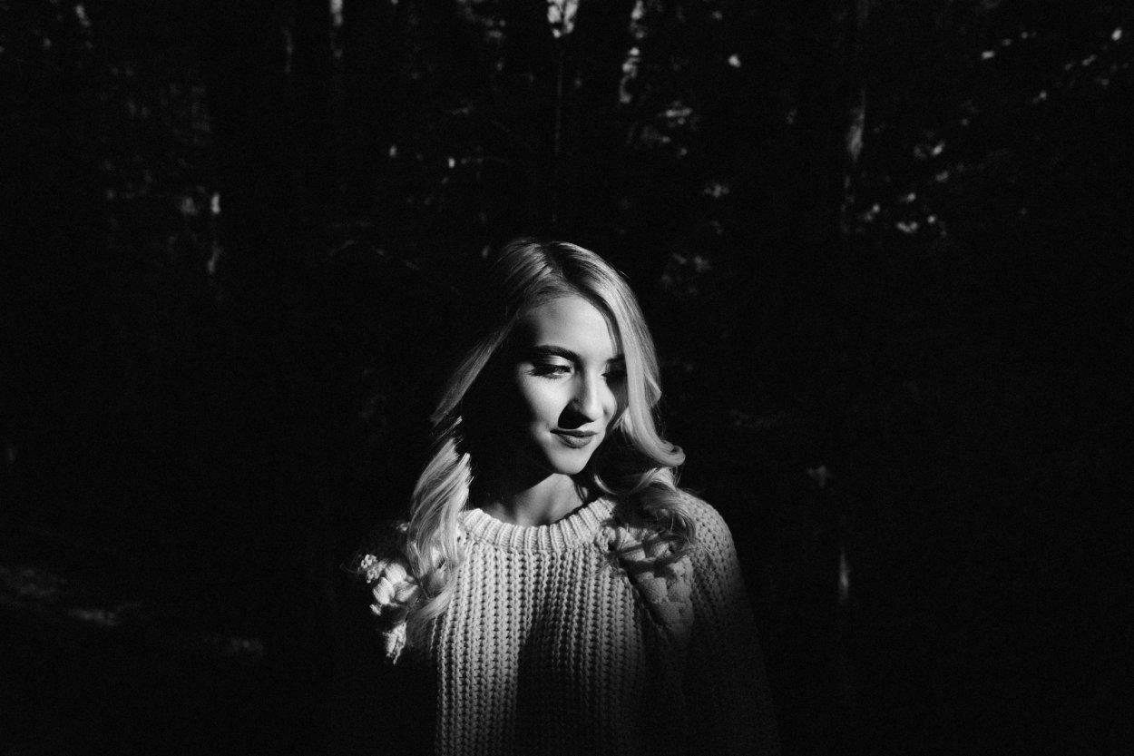 wild-native-photography-pittsburgh-unique-senior-portraits-avella-catherine-lis_1331