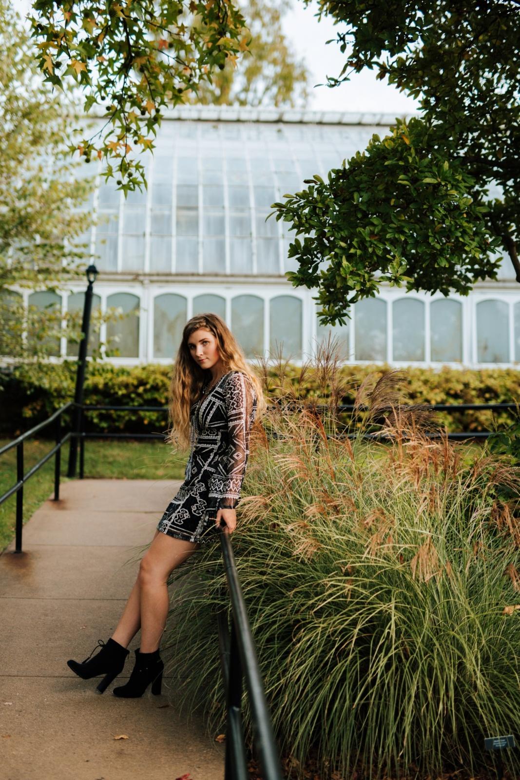 Pittsburgh High School Senior Portrait Photographer Phipps