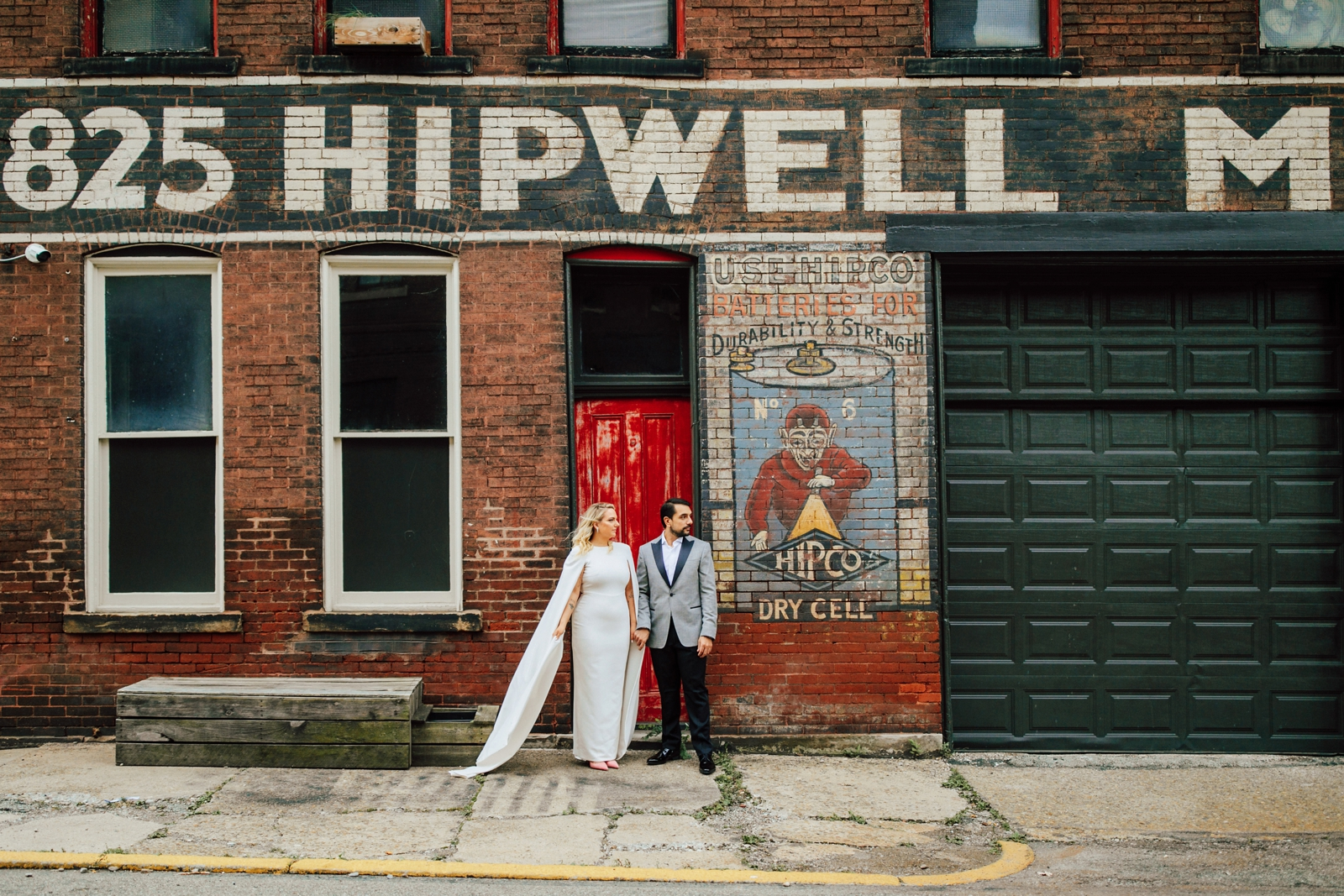 Anna + Louie – Hip at the Flashlight Factory Wedding – Wild