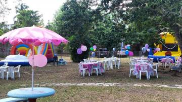 we love parties inflatable bounceabout