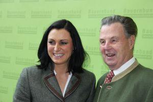 """EU-Delegierte Elisabeth """"Elli"""" Köstinger und Sixtus Lanner waren auch in Alpbach vertreten."""