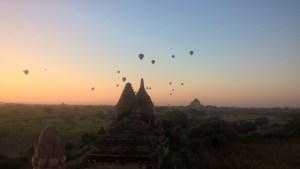 bagan hot-air balloons