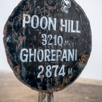 When we awoke at Ghorepani to clear skies, we promptly high-tailed it up Poon Hill