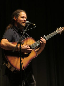 1. Gitarrenfestival Ederseeregion vielsaitig beendet