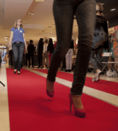 Warburgs Next Topmodel?! High-Heel-Workshop bei Wilke