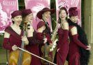 Golden Age! Die Dresdener Salon-Damen kommen nach Kaufungen