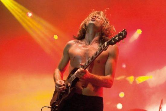 Back in Black: AC/DC-Tribute-Band Barock in der Stadthalle Beverungen