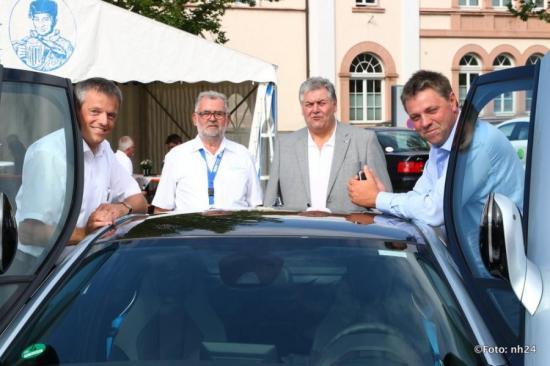 Thomas Keil(EAM) Karl-Walter Eberlein (Gespa) Helmut Balamagi und Schwalmstadts Bürgermeister Gerald Näser ©Foto: nh24 | Pudenz