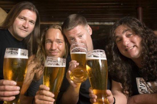 Metal auf der Bühne! - 10jähriges Jubiläum beim Bullblast-Festival!