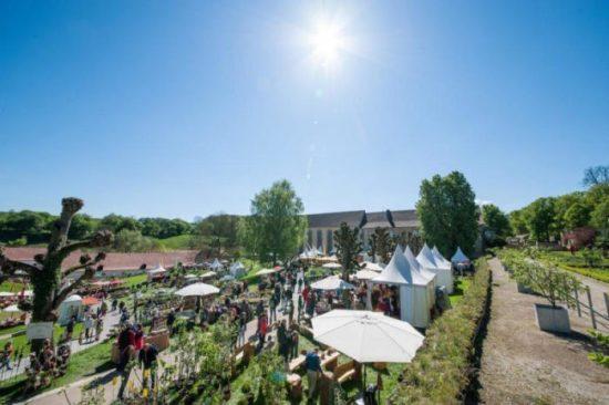 Stilvoll stöbern und entdecken - Gartenfest im Kloster Dalheim 2015