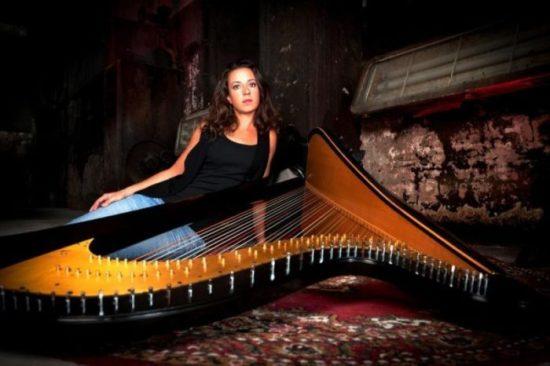Jeanine Vahldiek Band spielt in Hephata-Kirche