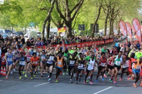 Paderborner Osterlauf am 4.4.15 präsentiert von E.ON Energie Deutschland!