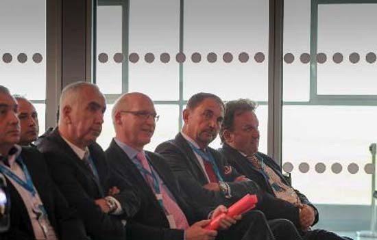 Kassel Airport und V.Ö. Travel veranstalten gemeinsames Flughafen‐Event!