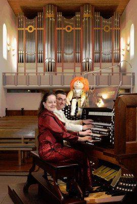 Bekannte Melodien - Ein Orgel-Feuerwerk mit 4 Händen und 4 Füßen