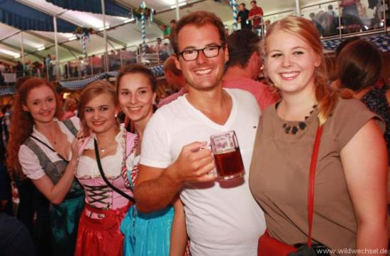 Besucherrekorde und buntes Festprogramm: Rückblick auf die Warburger Oktoberwoche