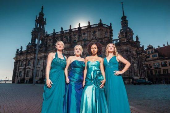 Weihnachtsleuchten: A Cappella-Frauenband Medlz in Vellmar