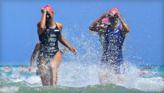 Schwimmen wird die erste Disziplin beim 35. Twistesee-Thriathlon sein! (Foto: Pixabay)