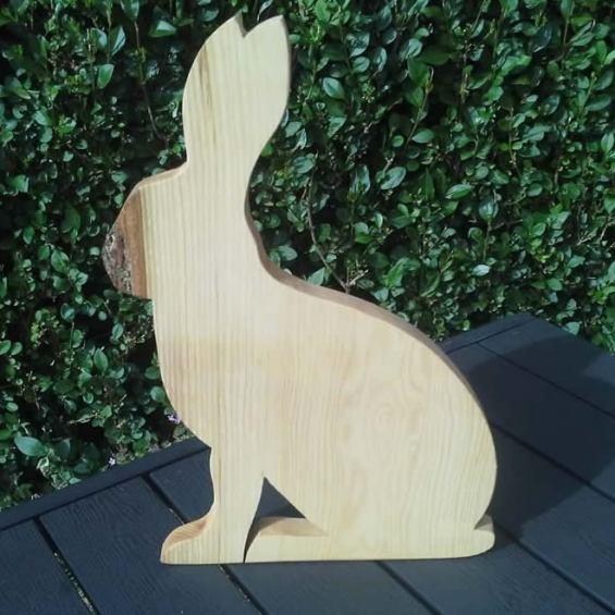 Hardwood Hare Cheese / Breadboard. Ash