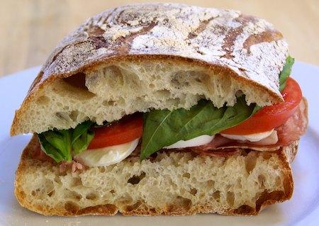 https://i2.wp.com/www.wildyeastblog.com/wp-content/uploads/2010/05/ciabatta-sandwich1.jpg